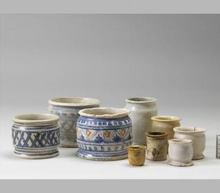 Practical Medicine and Hygiene - Tudor Drug Jars