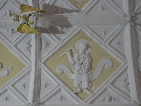Exminster: St Martin's Church - Peamore Chapel ceiling