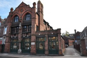 Harry's Restaurant, 84 Longbrook Street